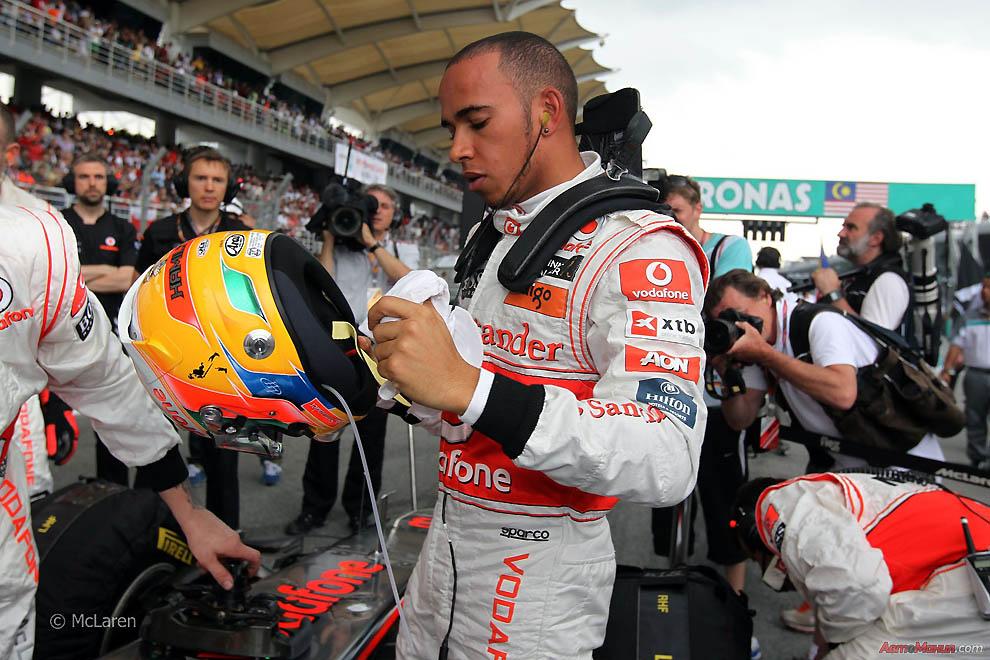 Взгляд изнутри Формулы-1: Гран При Малайзии 2011