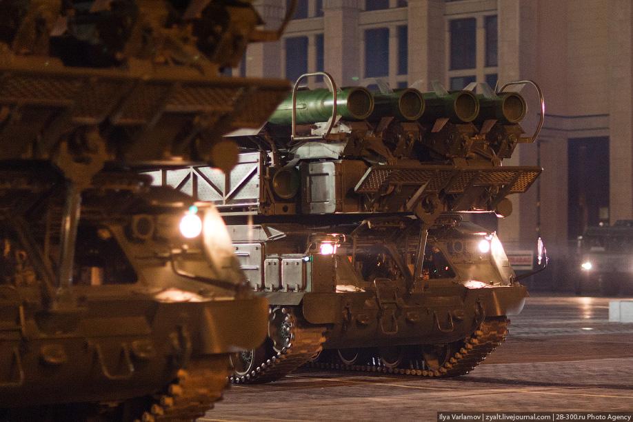 Репетиция военного парада в честь 66-й годовщины Великой Победы