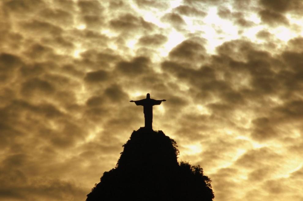 Статуя Спасителя Иисуса Христа в Рио-де-Жанейро, Бразилия