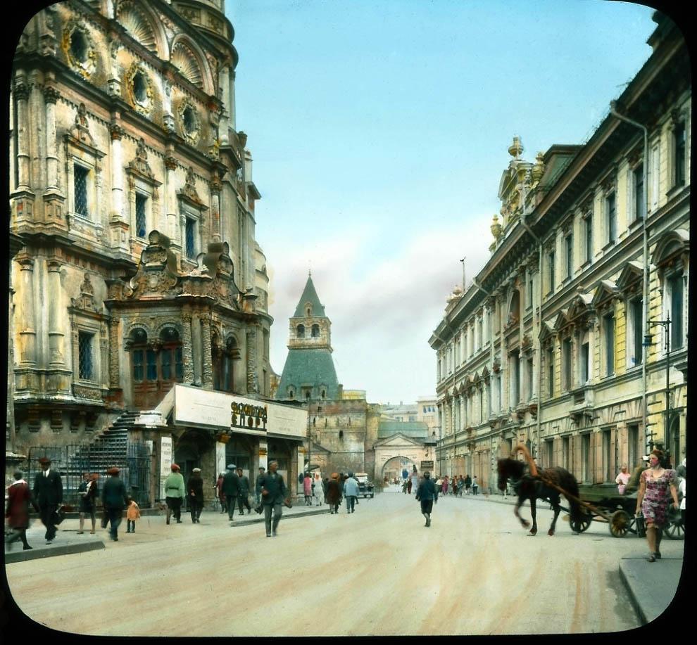 2965 Москва 1931 ого года в цвете