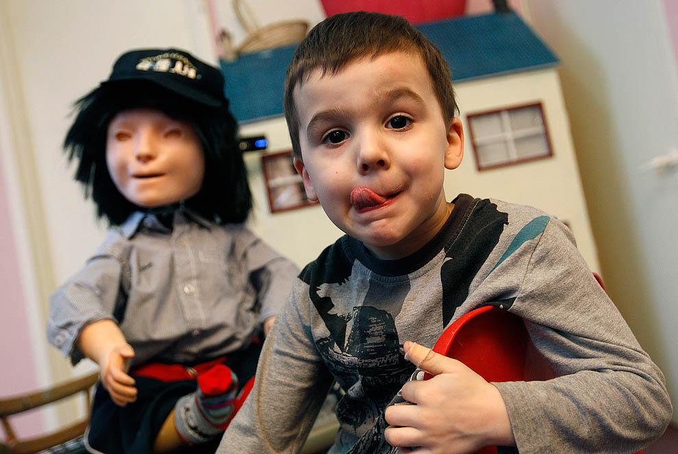 a21 28125214 2 апреля – Всемирный день распространения информации об аутизме