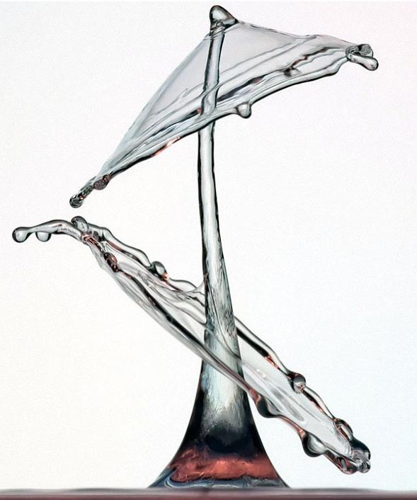 drop03 Брызги и капли на снимках Маркуса Ройгельса