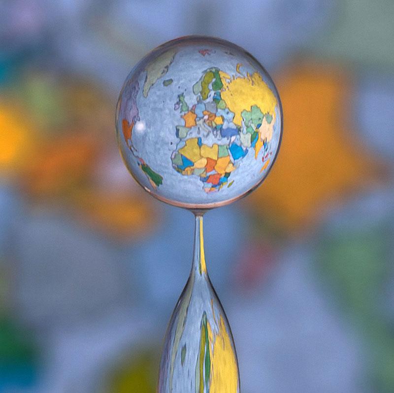 drop04 Брызги и капли на снимках Маркуса Ройгельса