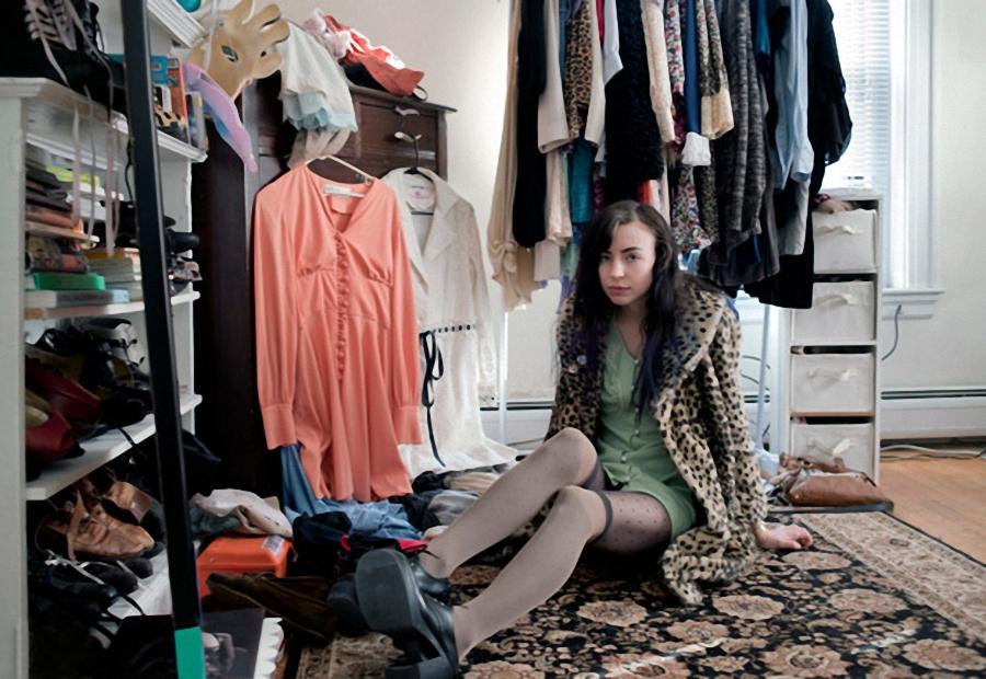girl14 Девушки и их комнаты (Часть 1)
