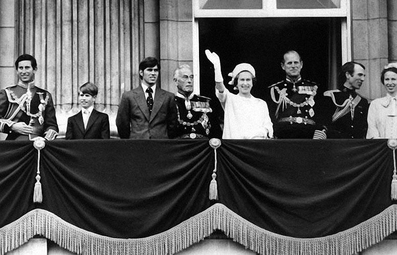 queen20 Королева Елизавета II отметила свое 85 летие