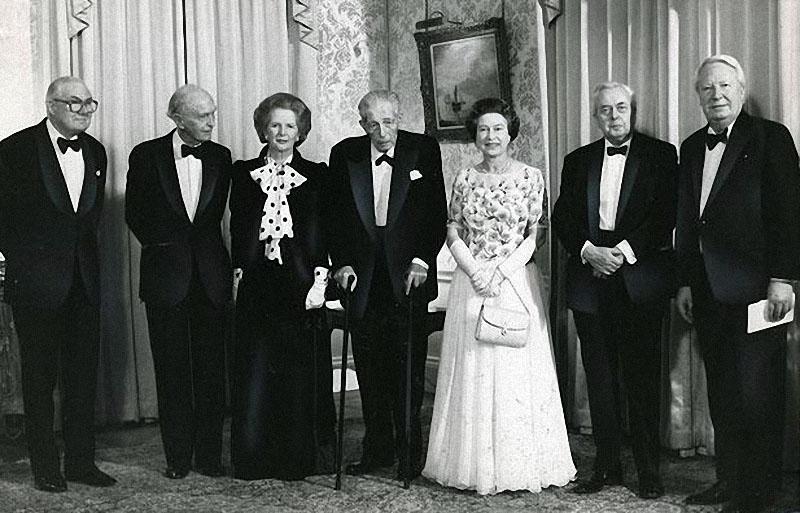 queen23 Королева Елизавета II отметила свое 85 летие