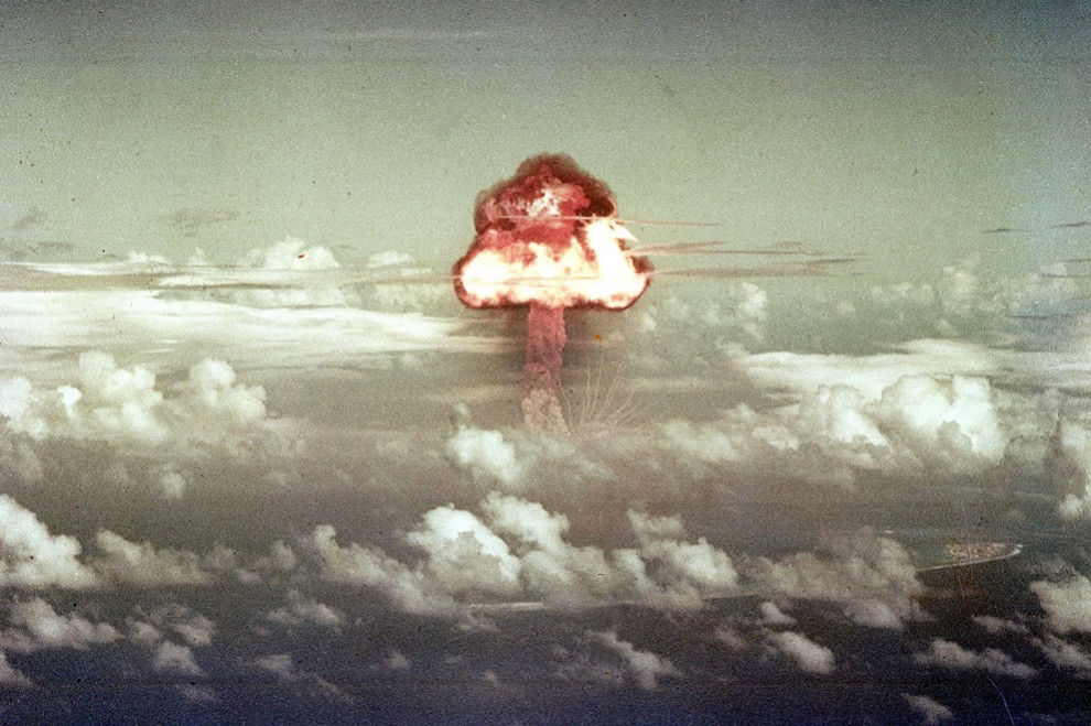 1138 990x659 Испытания ядерного оружия