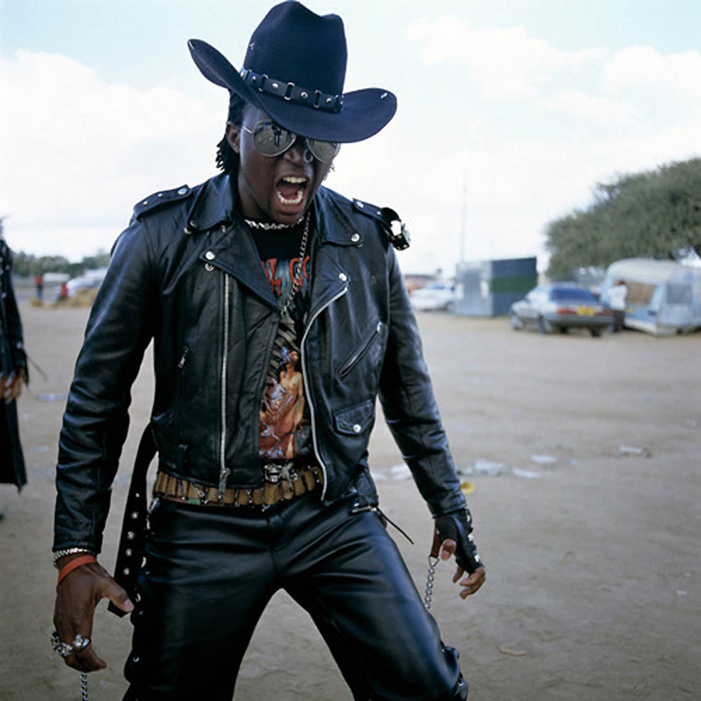128 TRUE BLACK METAL из Ботсваны