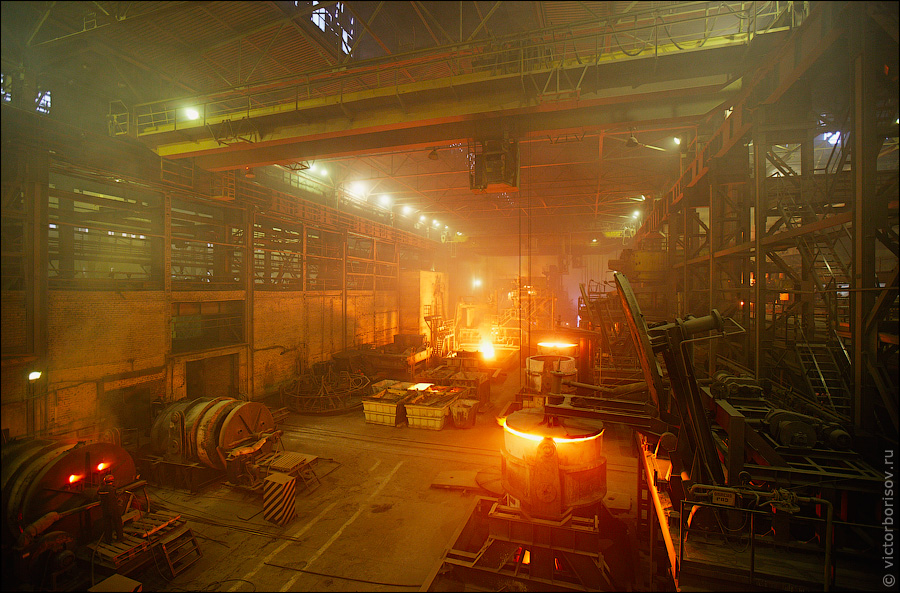 Производство проката на сталелитейном заводе