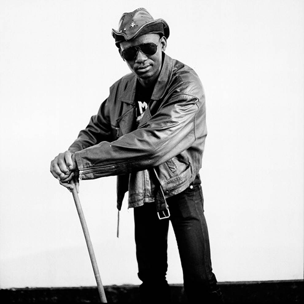 157 TRUE BLACK METAL из Ботсваны