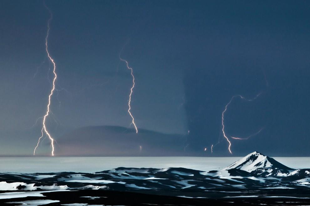 1703 990x659 Извержение исландского вулкана Гримсвотн (часть 2)