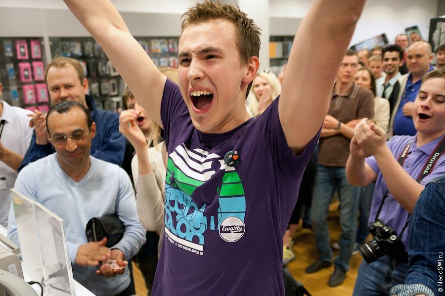 Начало продаж iPad2 в России!