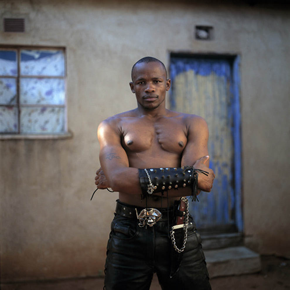 176 TRUE BLACK METAL из Ботсваны