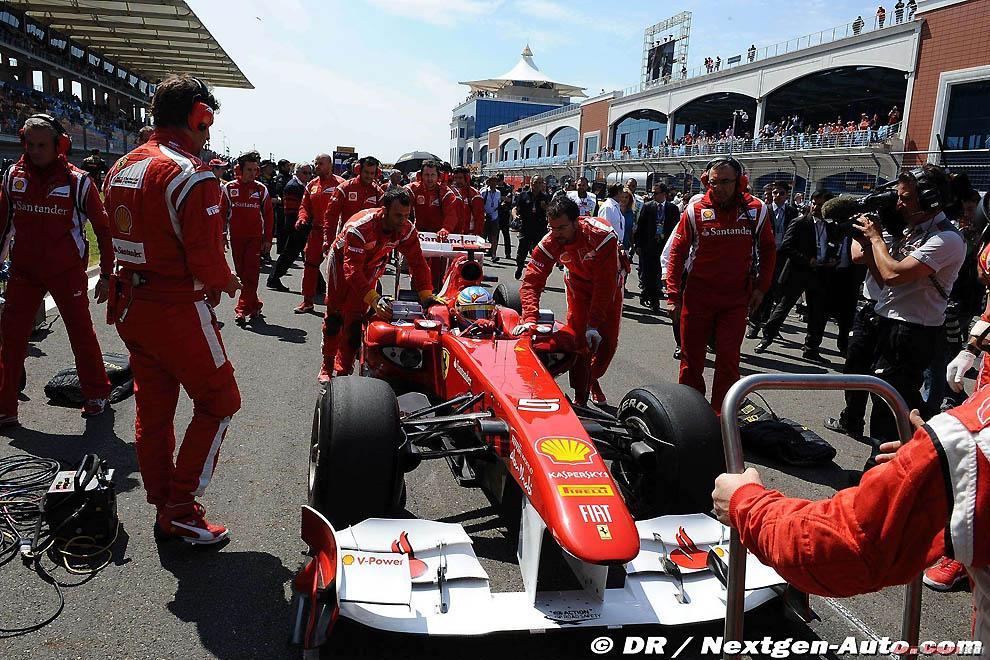 Формула-1 фото: за кадром гран-при Турции 2011