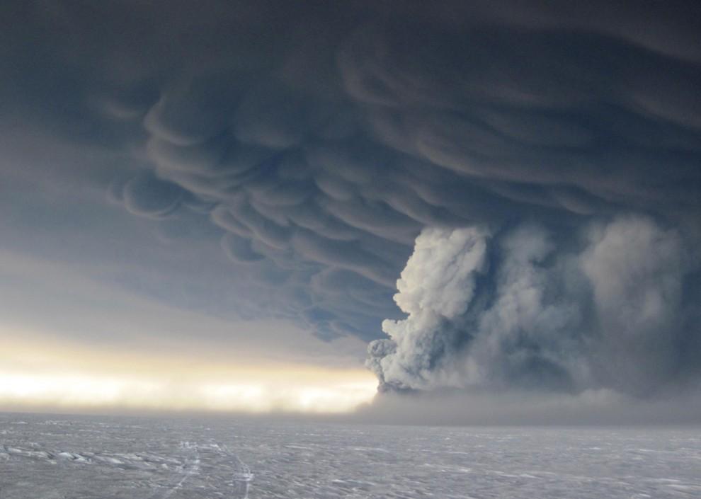 2403 990x705 Извержение исландского вулкана Гримсвотн (часть 2)