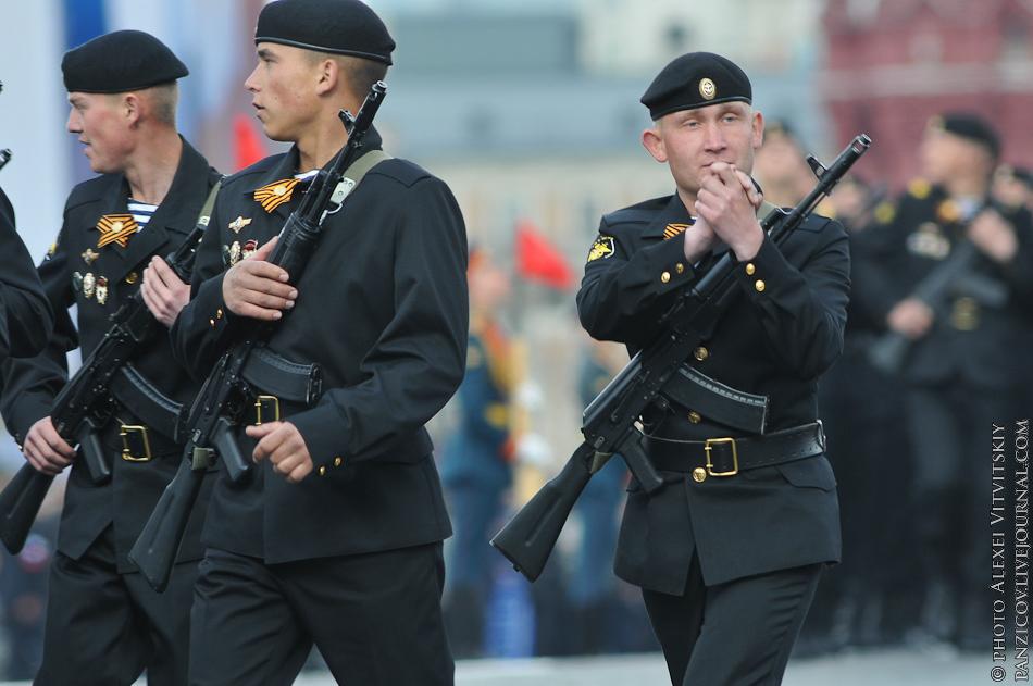 формируя визуальное фото парадная форма одежды офицеров морской пехоты справедливости владивостоке