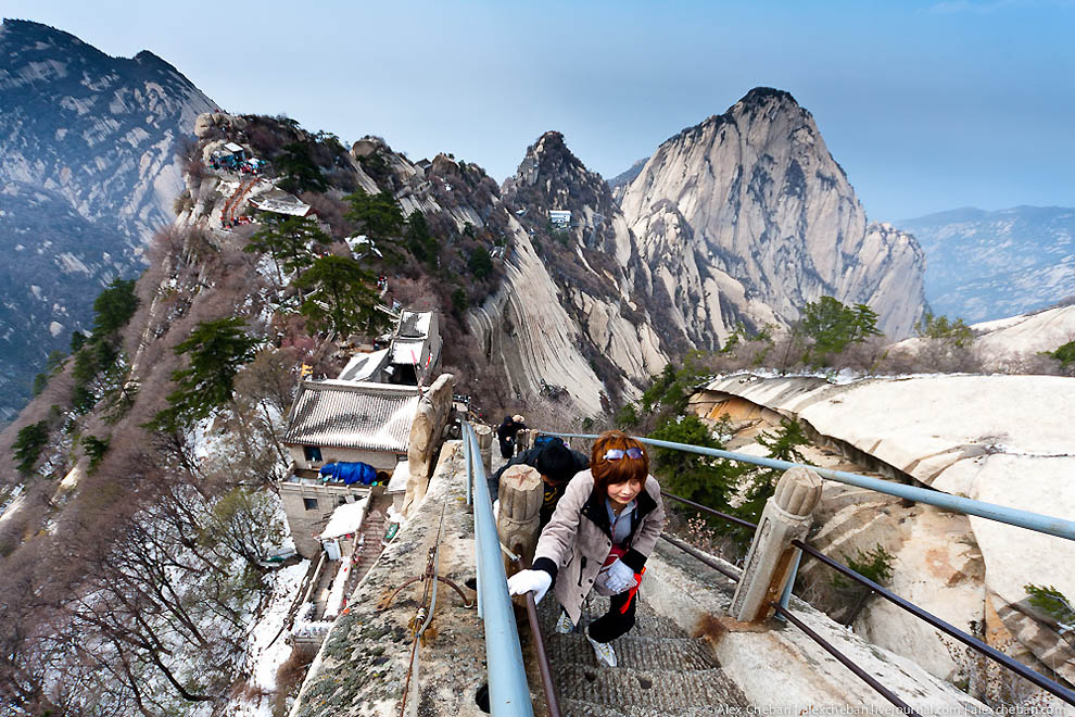 Гора Хуа — священная вершина даосизма