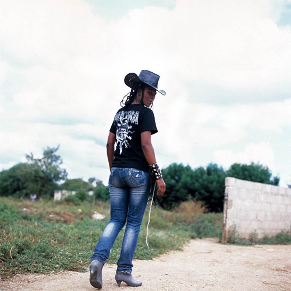 66 TRUE BLACK METAL из Ботсваны