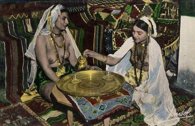 Sebuah popup rendah erotika Arab awal abad 20