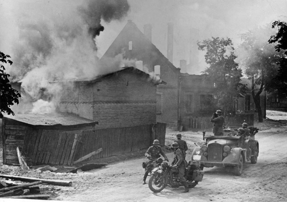 11206 990x697 Вторая мировая война: Захват Польши и Зимняя Война (Часть 2)
