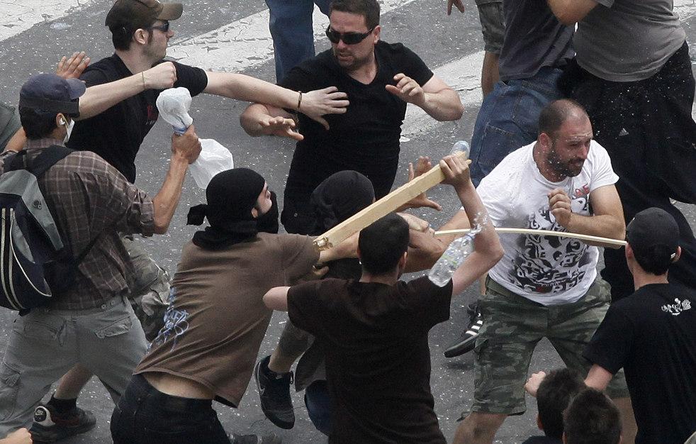 1306 Греческие демонстрации