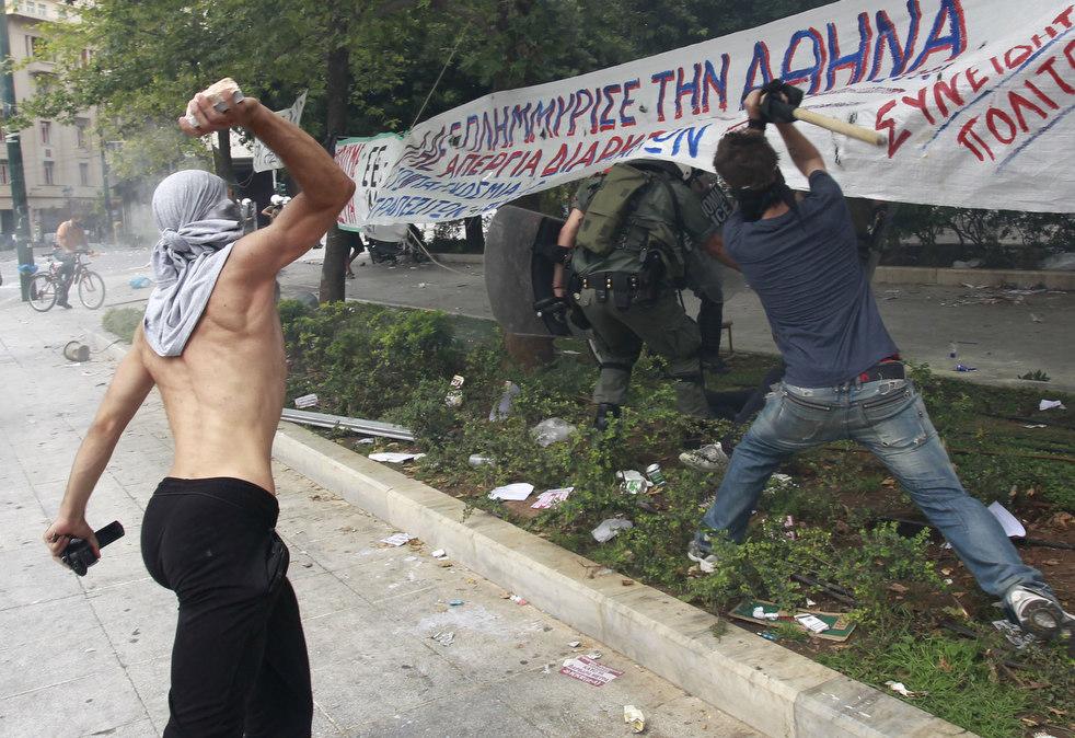 2065 Греческие демонстрации