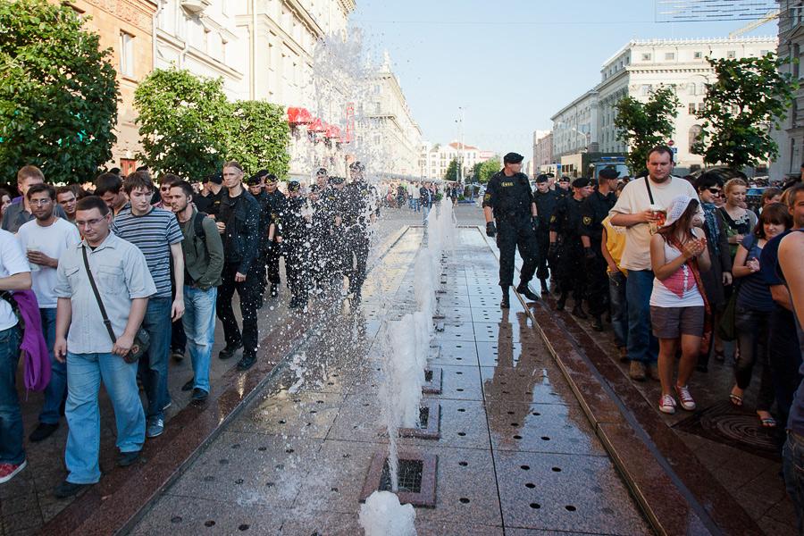 Фоторепортаж с акции #2206v1900 в #minsk - Дополнено.
