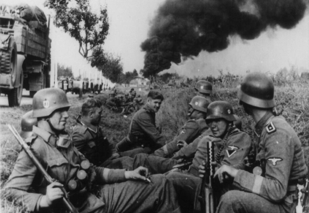 9165 990x684 Вторая мировая война: Захват Польши и Зимняя Война (Часть 2)