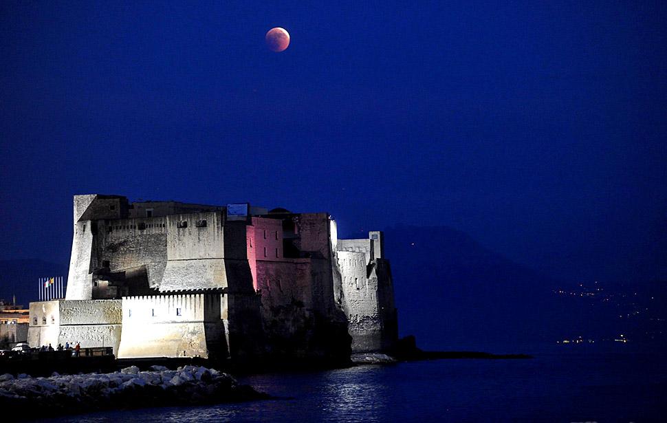 gerhana bulan Total 05 lmum0knc pertama gerhana bulan 2011