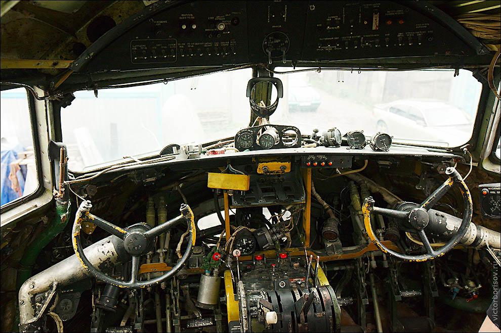 Восстановление Ил-14Т на Тушинском аэродроме
