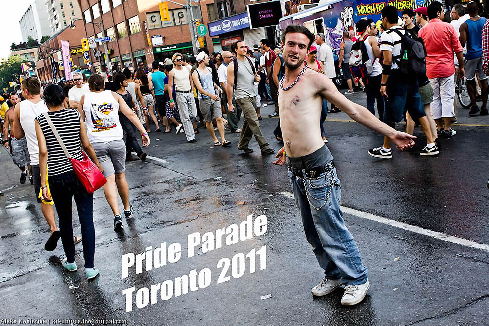 Gay Pride Parade di Toronto.  Kami memiliki semuanya.