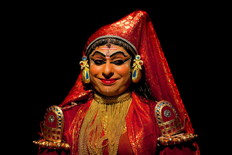 1861 India Selatan Kathakali Teater: The Art of menerapkan makeup