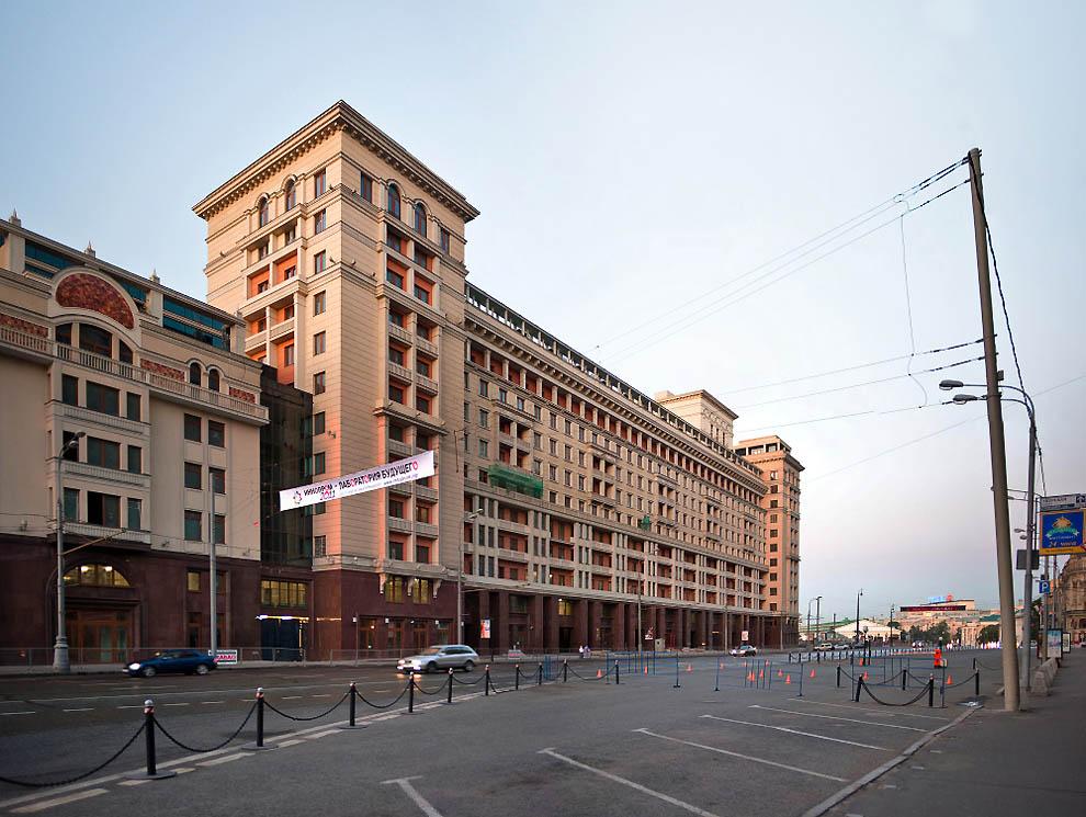 Москва - как много в этом звуке для сердца русского снеслось!