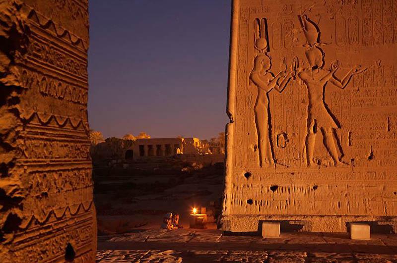 Mencari Cleopatra