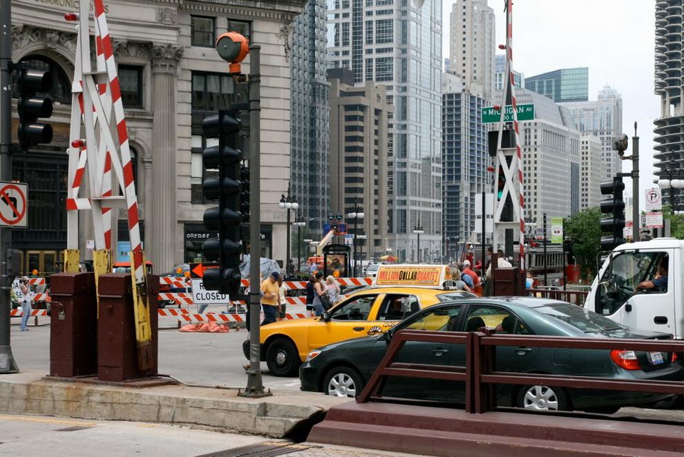 """Съемки """"Трансформеров-3"""" в Чикаго, июль-2010"""