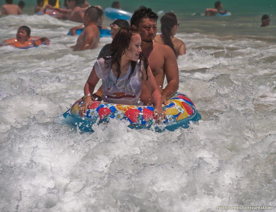 2578 Япония: Особенности японского пляжного отдыха