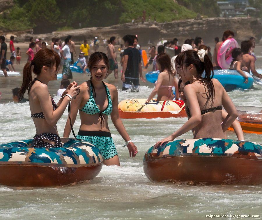 2778 Япония: Особенности японского пляжного отдыха