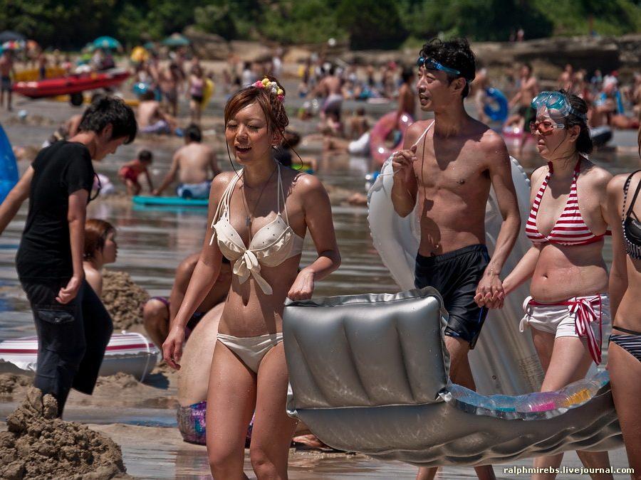 2871 Япония: Особенности японского пляжного отдыха