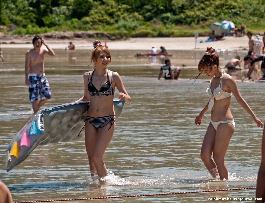 2968 Япония: Особенности японского пляжного отдыха