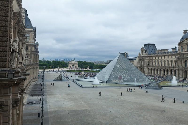 Лувр: Собрание всяких разностей