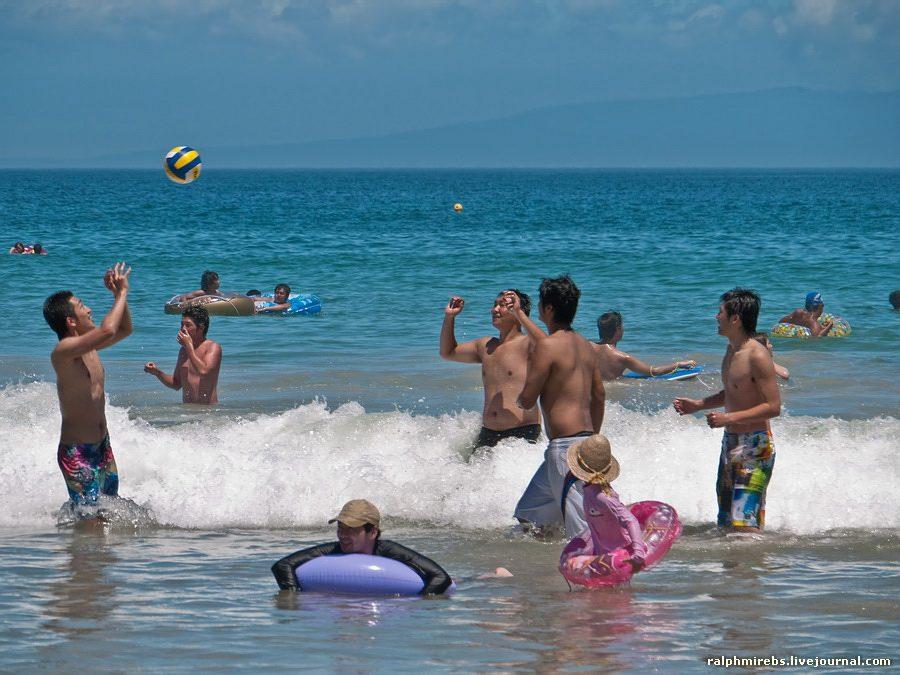 3355 Япония: Особенности японского пляжного отдыха