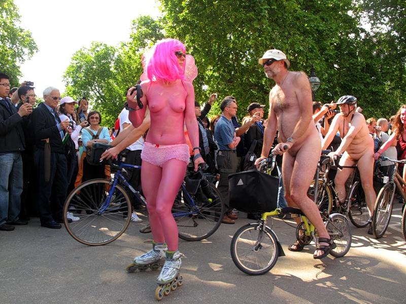 Go naked — img 15