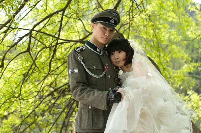 Фашистская свадебная фотосессия вКитае