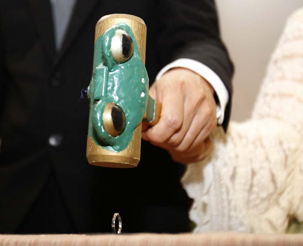 Orang Jepang terus japan09 sungguh-sungguh perceraian