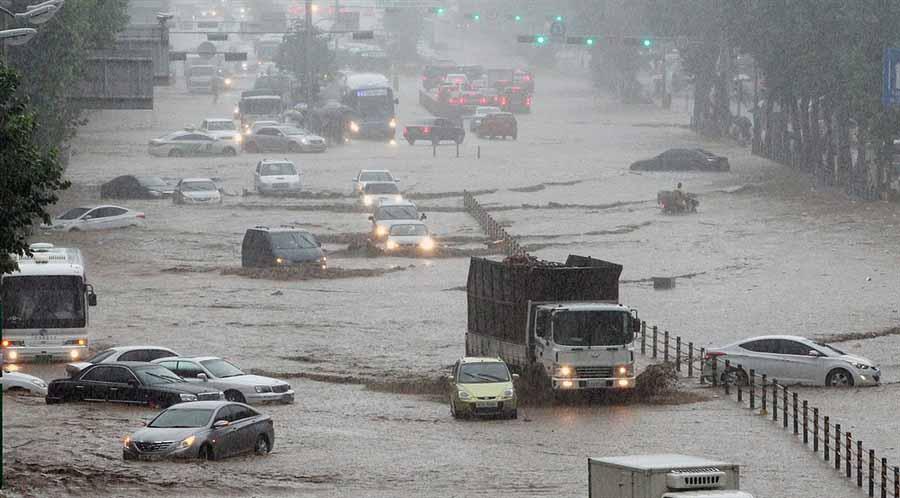 rainyskorea16 В Южной Корее льют дожди века и гибнут люди