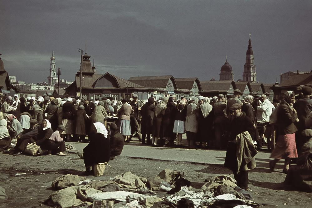 03000000 Харьков времен немецкой оккупации в цвете