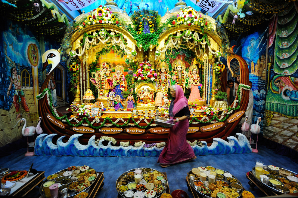 10111 Индийский фестиваль Кришна джанмаштами