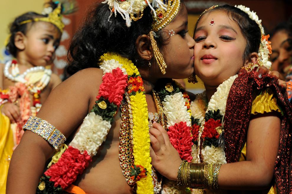 13106 Индийский фестиваль Кришна джанмаштами