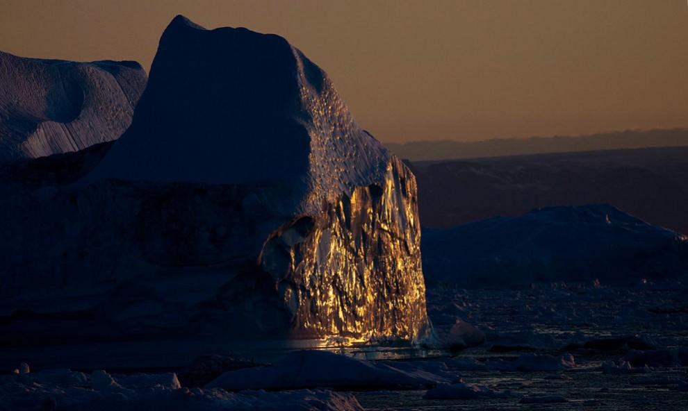 1404 990x592 Ледяная Гренландия...или уже не ледяная?