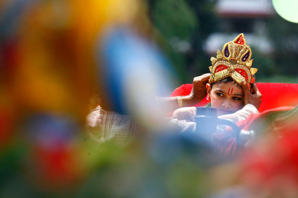 1594 Индийский фестиваль Кришна джанмаштами
